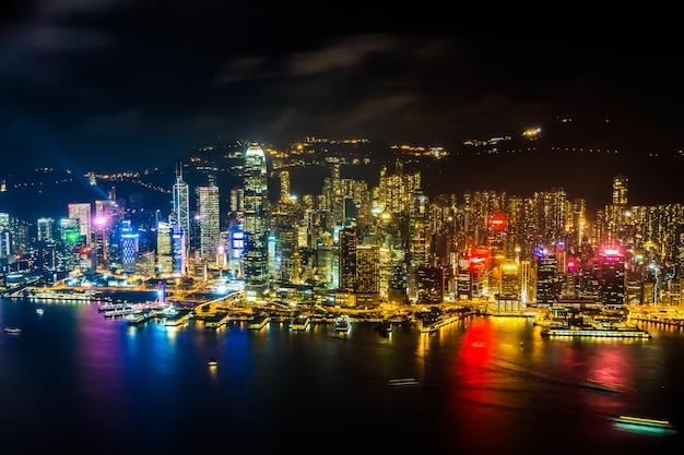 Bela arquitetura edifício paisagem urbana exterior do horizonte da cidade de hong kong Foto gratuita