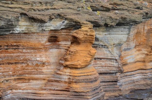 Bela foto da gran canária basáltica das ilhas canárias, na espanha Foto gratuita
