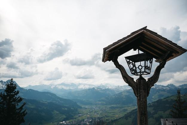 Bela natureza das montanhas da suíça Foto gratuita