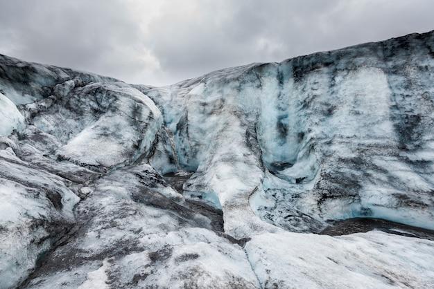Bela paisagem em uma geleira Foto Premium