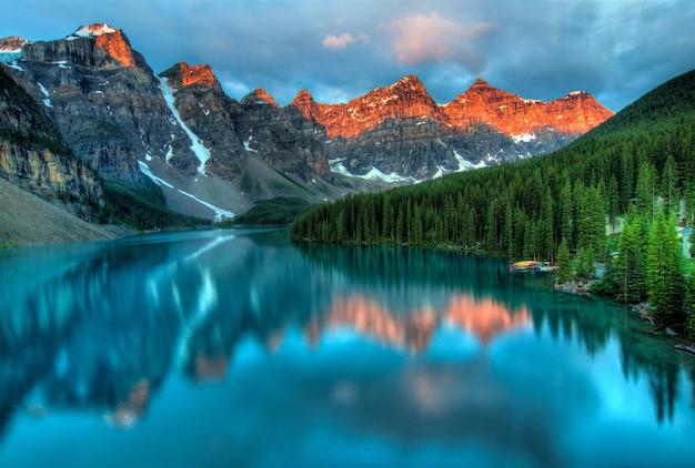 Bela vista do parque nacional de banff Foto gratuita