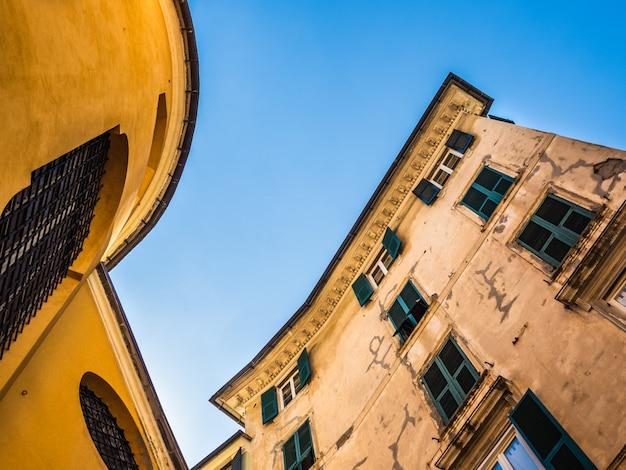 Belas casas da fabulosa cidade de gênova Foto Premium