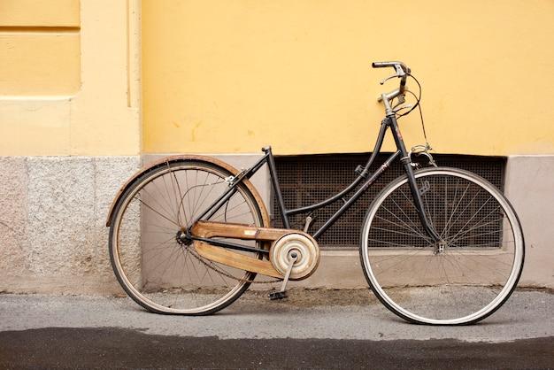 Bicicleta velha Foto Premium