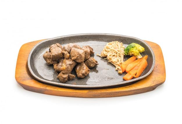 Bife com legumes Foto Premium