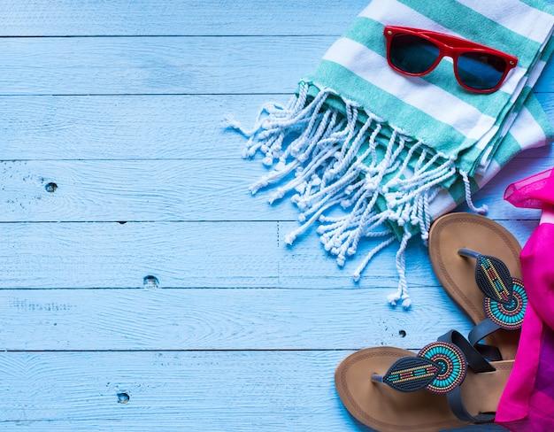 Biquini do swimsuit das mulheres da forma do verão Foto Premium
