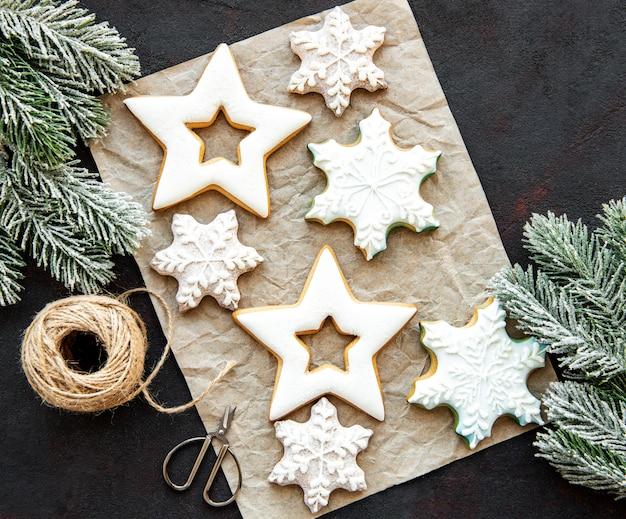 Biscoitos de gengibre de natal Foto Premium