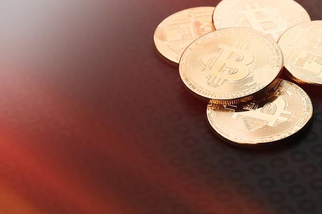 Bitcoins e dinheiro virtual. Foto Premium