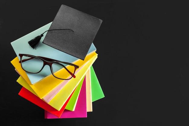 Bloco de notas em cima da mesa Foto Premium