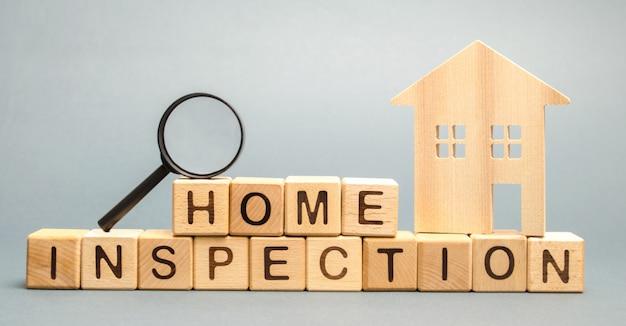 Blocos de madeira com a palavra home inspection Foto Premium