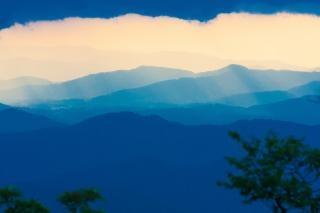 Blue ridge mountains luz Foto gratuita