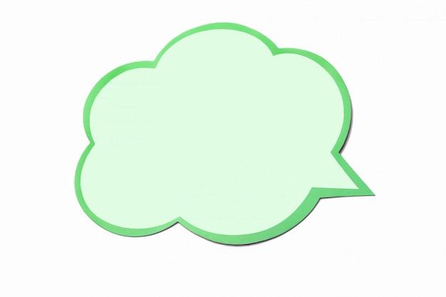 Bolha de discurso verde-oliva como uma nuvem com borda verde isolada no fundo branco Foto Premium