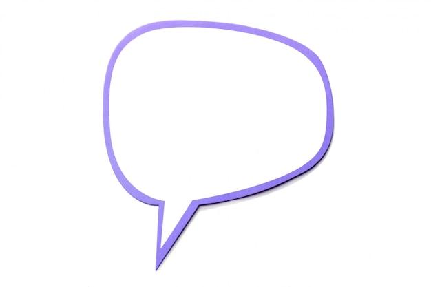Bolha do discurso como uma nuvem com borda violeta isolada Foto Premium