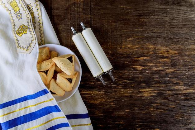 Bolinhos de hamantaschen para feriado judaico purim Foto Premium