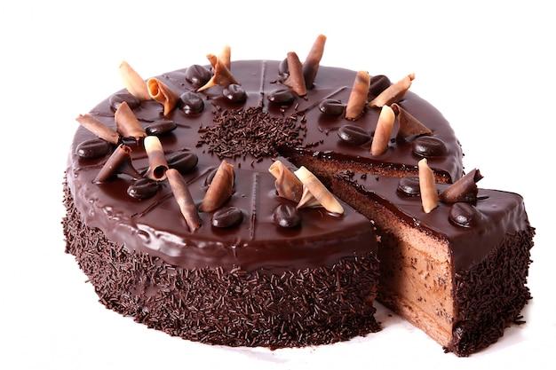 Bolo de chocolate com granulado de chocolate Foto gratuita