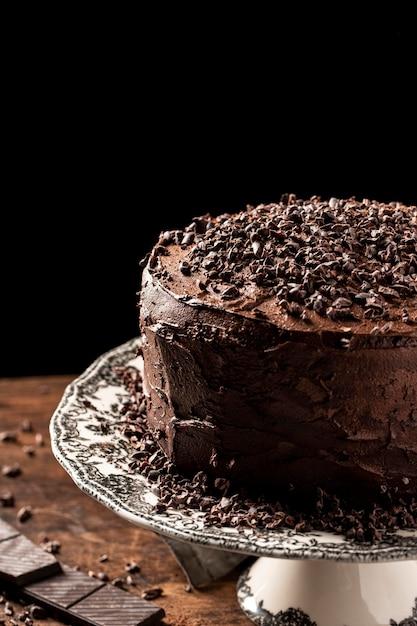 Bolo de chocolate delicioso com espaço de cópia Foto gratuita
