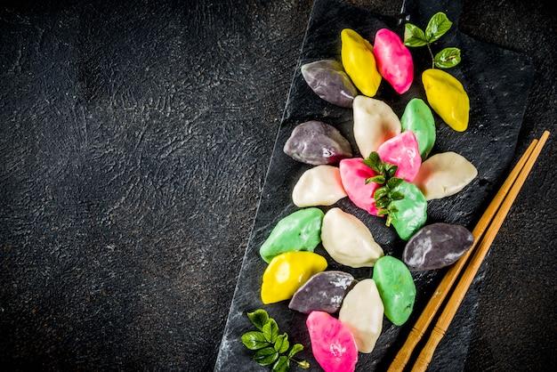 Bolos de arroz coreanos songpyeon Foto Premium