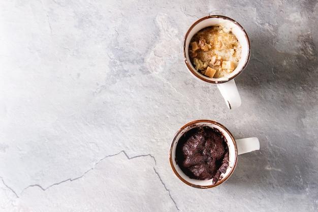 Bolos de chocolate e baunilha Foto Premium
