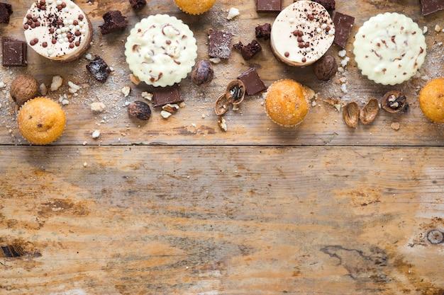 Bolos e muffins Foto gratuita