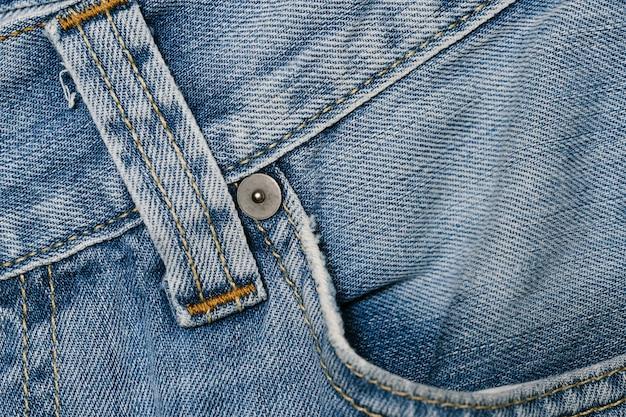 Bolso frontal de jeans azul close-up Foto gratuita