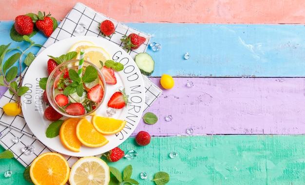 Bom dia fruta fresca. Foto Premium