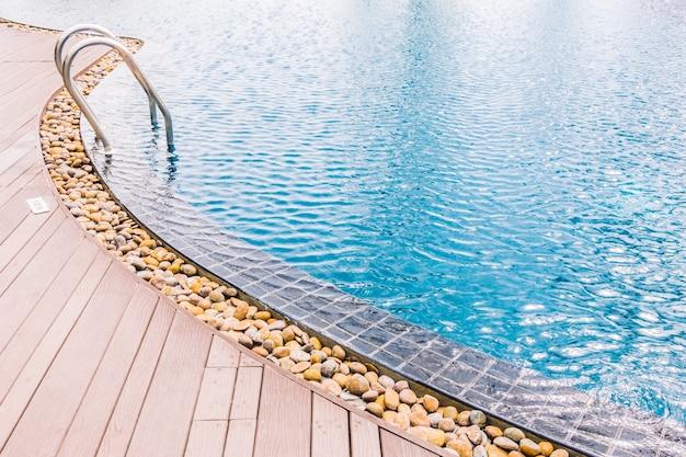 Borda da piscina baixar fotos gratuitas for Piscina gratuita
