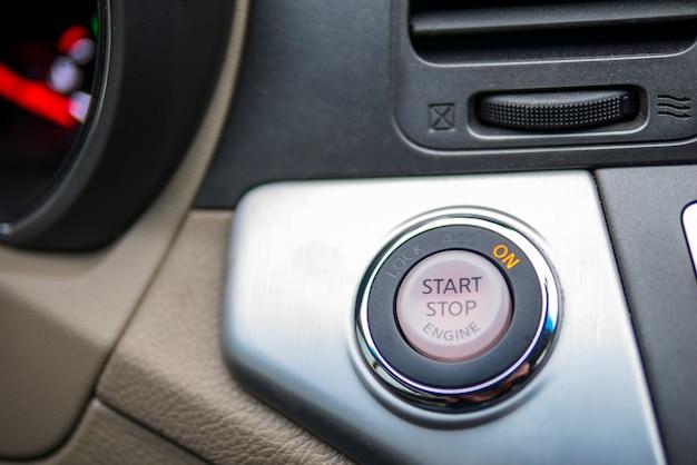 Botão start stop. botão de início automático Foto Premium