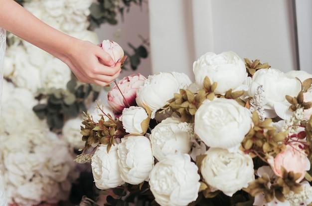 Bouquet de lindas rosas close-up Foto gratuita