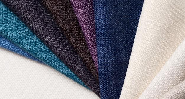 Brilhante coleção de amostras têxteis de gunny. fundo de textura de tecido. Foto Premium