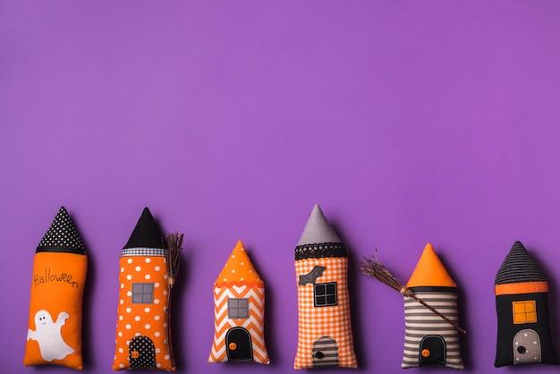 Brinquedos macios de halloween Foto gratuita