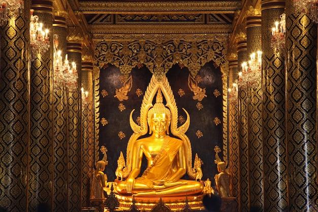 Buda de ouro Foto Premium