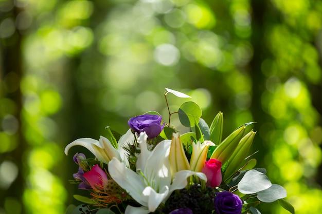 Buquê de flores de casamento natural Foto Premium