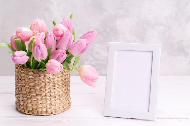 Buquê de tulipas cor de rosa Foto Premium