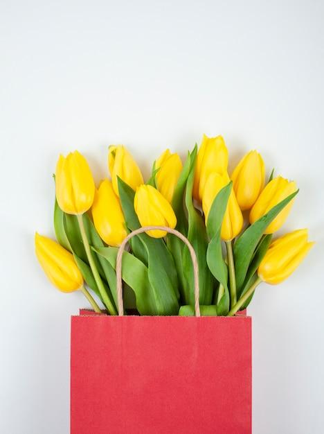 Buquê de tulipas vista superior Foto Premium