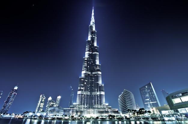 Burj khalifa, burj dubai, dubai, emirados árabes unidos Foto Premium