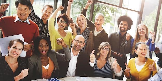 Business team success achievement conceito de braço erguido Foto Premium