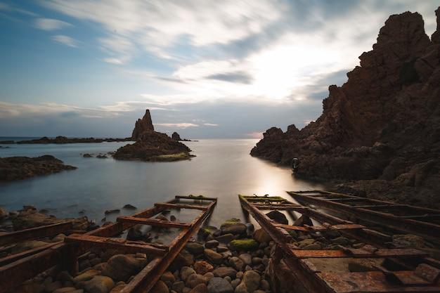 Cabo de gata, recife de sirenas (arrecife de las sirenas) Foto Premium