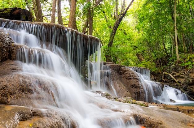 Cachoeira huai mae kamin Foto Premium