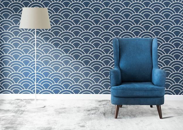Cadeira azul em um quarto Foto gratuita