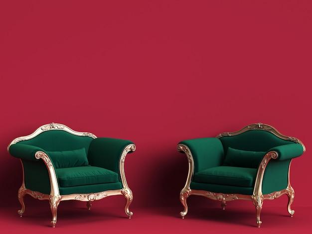 Cadeiras clássicas em verde esmeralda e ouro na parede vermelha com espaço de cópia Foto Premium