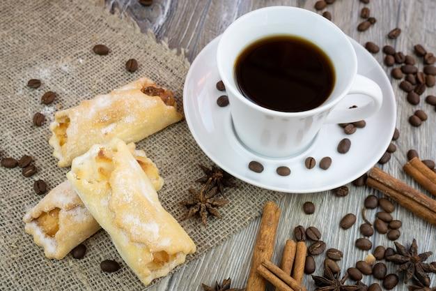 Café com biscoitos Foto Premium