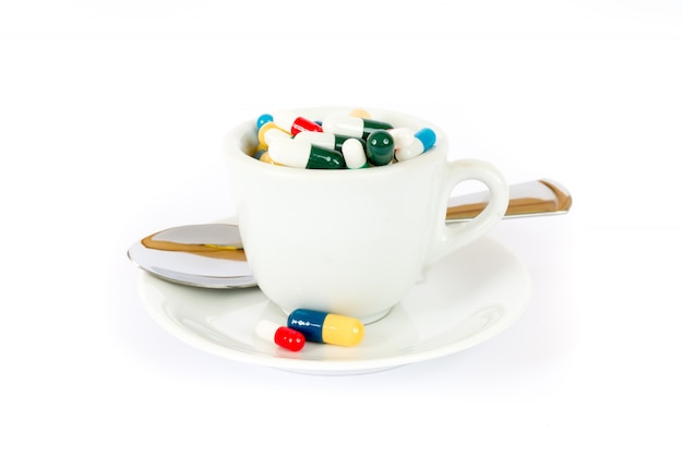 Café da manhã com vários comprimidos Foto Premium