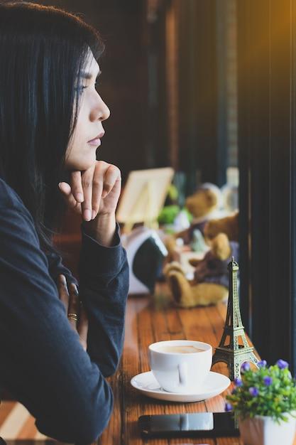 Café da manhã é minha rotina diária em casa Foto Premium