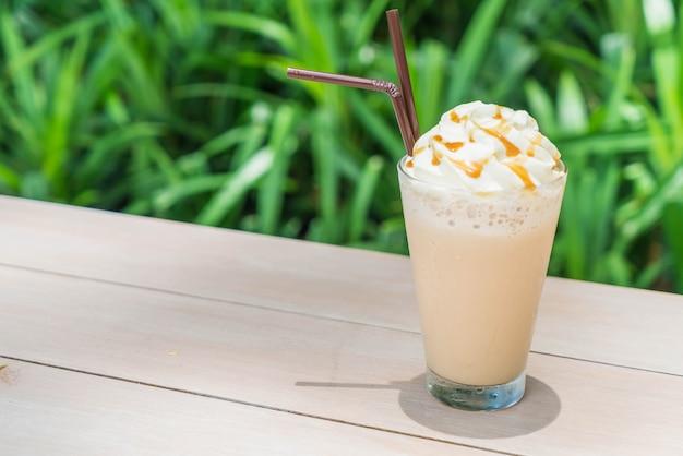 Café gelado do cappuccino Foto Premium