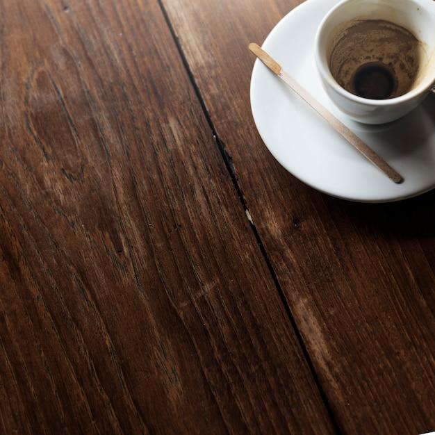 Café moderno na cidade Foto gratuita