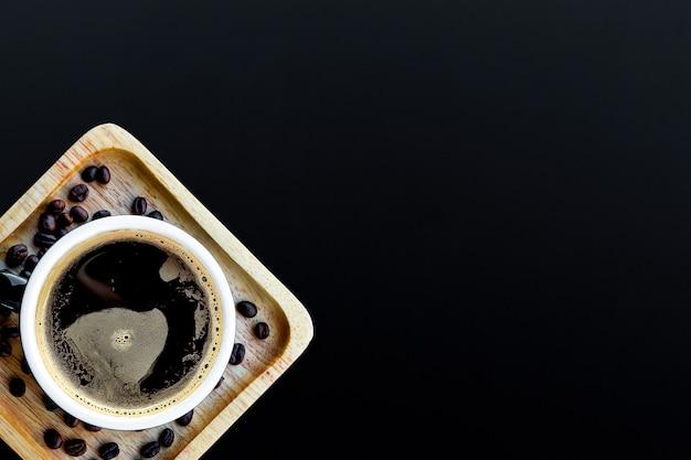 Café quente em preto Foto Premium