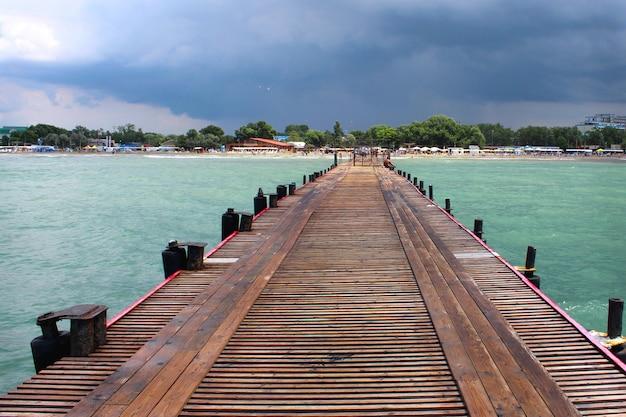 Cais marítimo Foto Premium