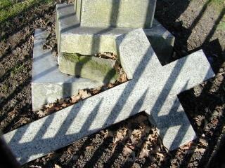 Caiu de morte, cruz Foto gratuita