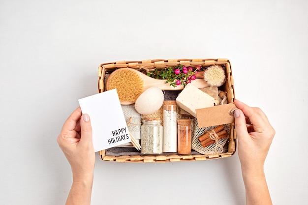 Caixa de presente sazonal com desperdício zero de produtos cosméticos Foto Premium
