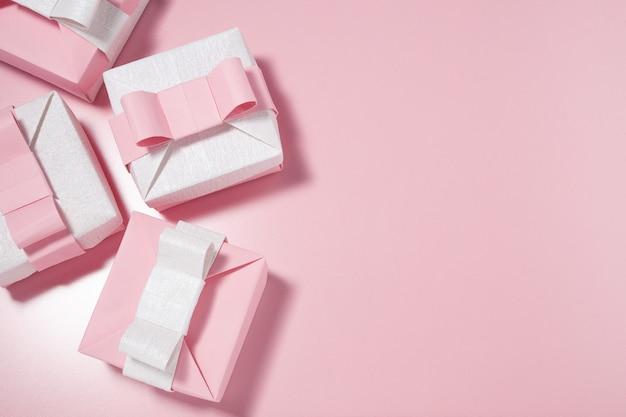 Caixas rosa Foto Premium