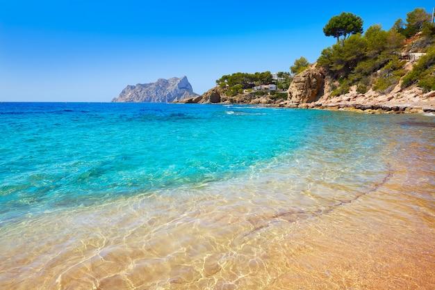 Cala pinets praia em benissa alicante espanha Foto Premium
